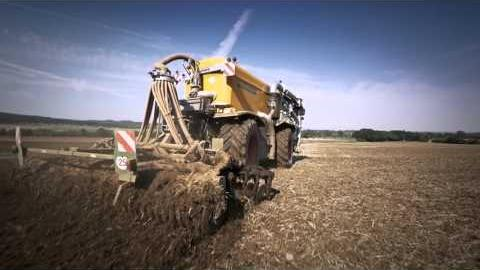 Embedded thumbnail for Claas Xerion - Saddle Trac 4000